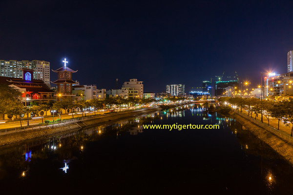 Part of Saigon river at night
