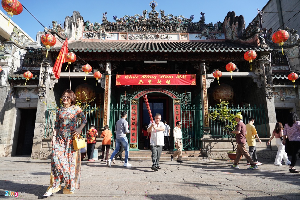 Popular religions and worship in Vietnam