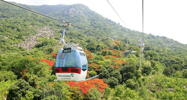 Cu Chi tunnel Ben Duoc, Cao Dai Temple & Black Virgin Mountain full day tour